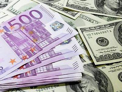 Правительство позволит банкам отказывать в проведении валютных операций