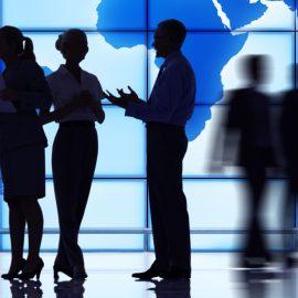 In-House Lawyer是贵方公司当前活动的法律支持