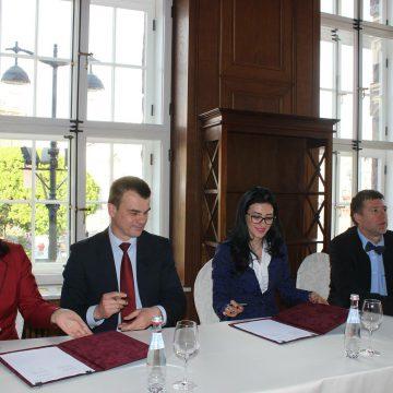 Подписан Меморандум о развитии сотрудничества по вопросам правового обеспечения интеграции в рамках евразийского экономического союза