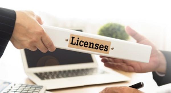 Лицензии перестанут выдавать в бумажном виде